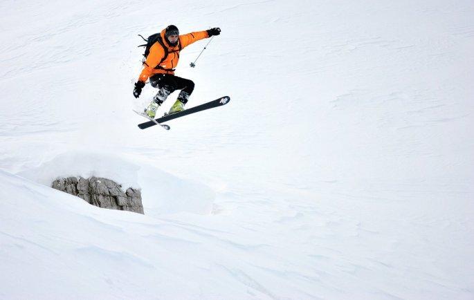 qui una foto sempre di Andrea che inquadra sempre lo stesso pagliaccio con gli sci