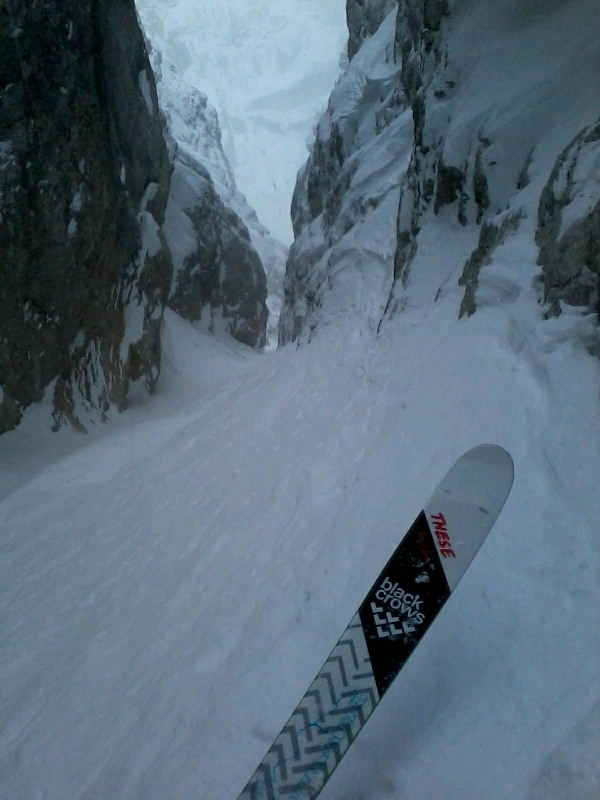 canale Berdo Alpi Giulie, Steep couloir, east powder