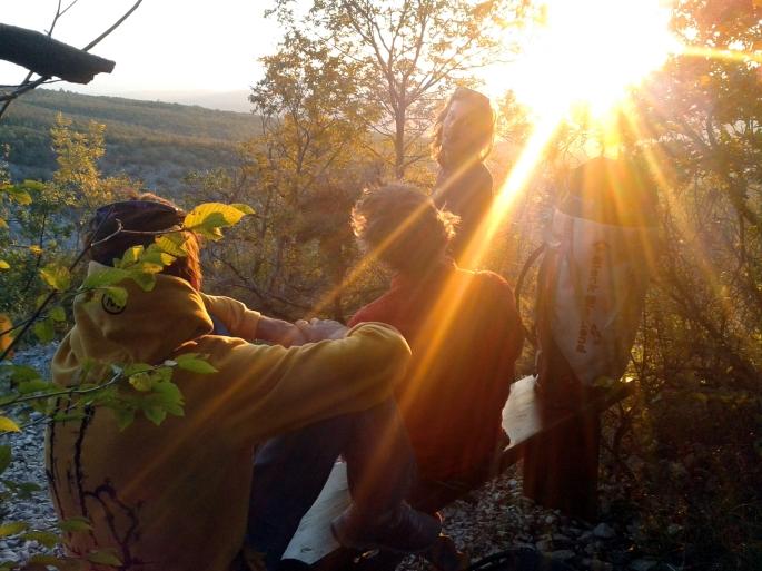 sunset briefing vela draga